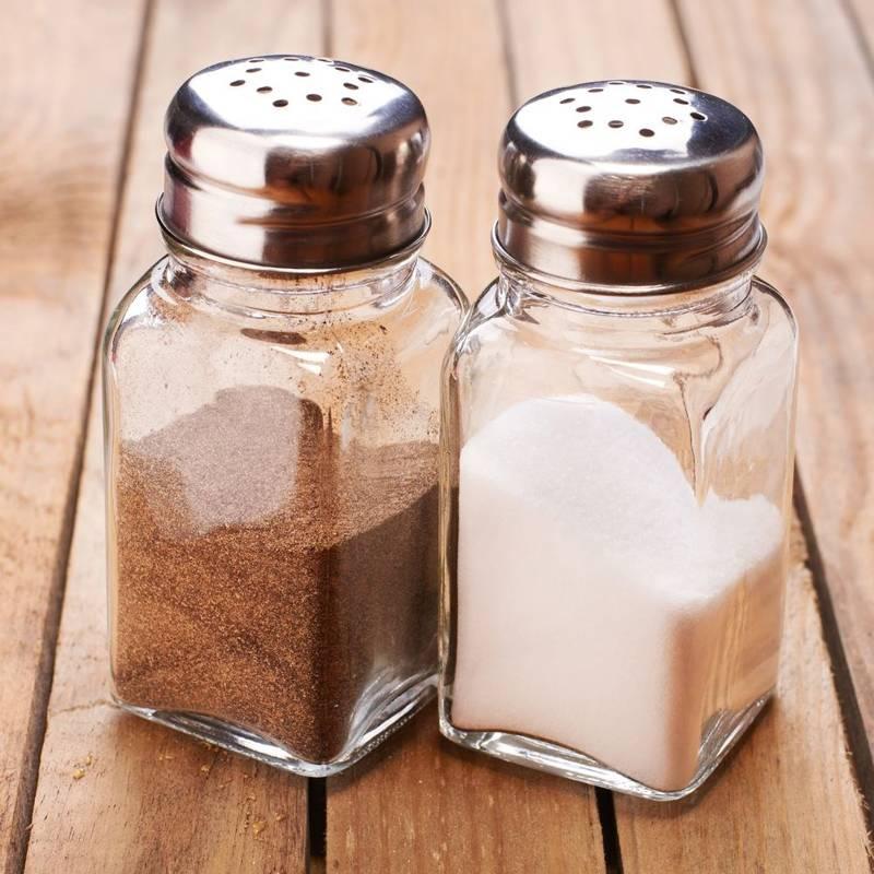 Salz- und Pfefferstreuer GEWÜRZSTREUER mit Ständer Gewürzdosen